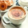 Foto montaje de tu foto en una taza de café
