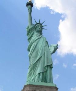 Fotografía con efecto en la estatua de la libertad