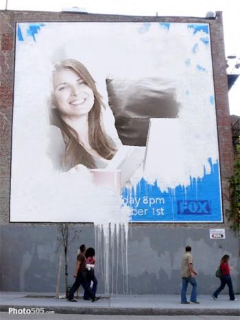 Fotomontaje de cartel publicitario